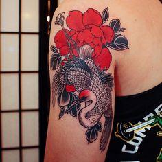 Japanese Tattoos 396387204703367356 - Crane and peony by Jinpil Yuu Source by aude_D Great Tattoos, Beautiful Tattoos, Body Art Tattoos, New Tattoos, Small Tattoos, Sleeve Tattoos, Finger Tattoos, Japanese Tattoo Women, Japanese Tattoo Symbols