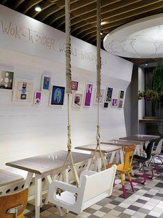 "INFURN:: restaurant | ""wakuwaku"" | hamburg | by Ippolito fleitz group.... siiiii... anche noi metteremo un'altalena nel ns spazio-caffè!"