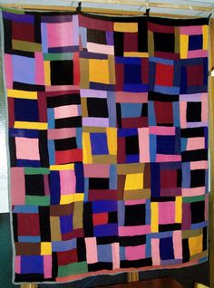 Quilts made by African American women (and possibly a few men) can vary in style just as much as those made by any other cultural group during a particular time period. But with the national discov…