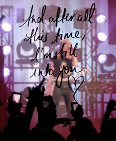 Still Into You- Paramore <3