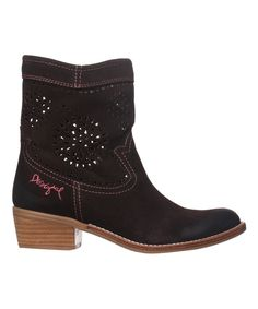 Take a look at this Black & Coffee Camperas Leather Boot today!