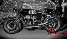 Moto Guzzi Cafe Racer Spartan by Side Rock Cycles #motorcycles #caferacer #motos | caferacerpasion.com