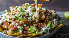 - Nachos med spicy kjøttdeig-chorizo og smeltet ost - Nachos with spicy beef mince and chorizo,melted cheese and tomato-chili-avocado-topping Melted Cheese, Snacks, Tex Mex, Couscous, Chorizo, Cobb Salad, Food To Make, Spicy, Chili
