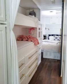 Family of four lives full-time in this stylish and well organized motorhome - Living in a shoebox Kombi Motorhome, Camper Trailers, Rv Campers, Teardrop Campers, Teardrop Trailer, Campervan, Travel Trailers, Bus Living, Tiny House Living