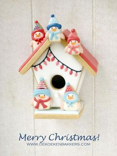 ❄☃❄ ❄☃❄ ❄☃❄ ❄☃❄ ❄☃❄ ❄☃ Gingerbread Birdhouse ☃❄