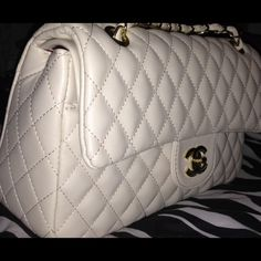 Newnow New Chanel inspired real leather, have all the details just like the original one✔️comes with dust bag and authenticity card✅ it's amazing quality I have one in black since the year before and it still in great condition! have any questions please comment. ✅ I only accept offers through offer button✔️ CHANEL Bags Crossbody Bags