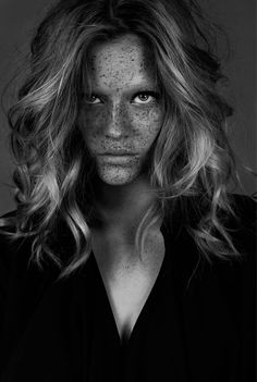 Absolute - Photographed by Jana van de Boldt Model Swantje @ PMA Models Hair & Make Up Caroline Torbahn using MAC Cosmetics Postproduction George Busczko