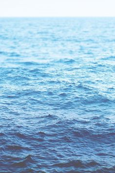 Inspirational Deep Blue Sea Color