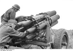 German 15 cm Nebelwerfer 41 multiple rocket launcher in Russia summer Credit: Bundesarchiv Bild