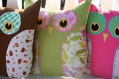 omg, yes!  i might have to attempt making these (although my sewing skills kinda suck...)