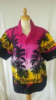 Vintage style Rockabilly Hawaiian shirt mens size L Vintage Hawaiian Shirts, 1950s Style, 1950s Fashion, Rockabilly, 1940s, Online Price, Men Casual, Best Deals, Mens Tops