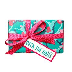 Deck The Halls Wrapped Gift LUSH Christmas 2017 includes Pink Bath Bomb, Butterbear Bath Bomb and Plum Snow Bubble Bar Lush Christmas, Christmas 2017, Holiday Gift Guide, Holiday Gifts, Unique Gifts, Best Gifts, Handmade Gifts, Pink Baths, Lush Fresh
