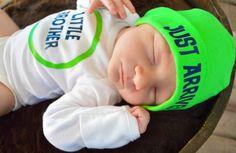 Baby Boy Short Sleeve Newborn Through 18 Months Little Brother Just Arrived Outfit Onesie Bodysuit plus Beanie