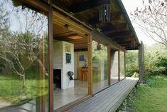 Scandinavian Home, Prefab, Small Apartments, Home Fashion, Modern Architecture, Mid-century Modern, Facade, Cabin, Exterior