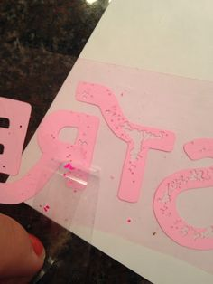 Cutting & Weeding Distressed Fonts with Silhouette ~ Silhouette School