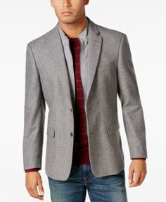 An ideal choice for professional cold-weather style and comfort, this sport coat from Tommy Hilfiger helps keep you warm with a quilted bib insert that can easily zip out if you want a more traditiona