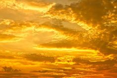 Shades Of Yellow Color Names For Your Inspiration - Going To Tehran yellow sky by Ana Pontes Photography Yellow Aesthetic Pastel, Gold Aesthetic, Rainbow Aesthetic, Aesthetic Colors, Aesthetic Pictures, Aesthetic Vintage, Aesthetic Light, Aesthetic Bedroom, Aesthetic Grunge