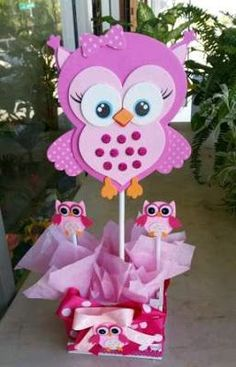 Adorable pink owl baby shower centerpieces by bettysgiftsandrafts: Owl Themed Parties, Owl Parties, Owl Birthday Parties, Foam Crafts, Diy And Crafts, Crafts For Kids, Paper Crafts, Owl Centerpieces, Baby Shower Centerpieces