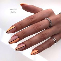 Semi-permanent varnish, false nails, patches: which manicure to choose? - My Nails Round Nails, Oval Nails, Matte Nails, Acrylic Nails, Minimalist Nails, Get Nails, Hair And Nails, Nail Manicure, Nail Polish