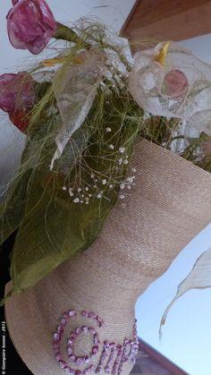 """Name of the hat: """"Pandora's box"""" !  Titolo dell'opera: 'Il vaso di Pandora' !!  Author: Complit srl. #HatsDistrict"""