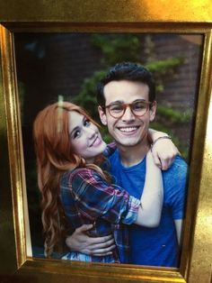 Day My favorite friendship is Clary and Simon. Clary And Simon, Clary E Jace, Clary Fray, Shadowhunters Series, Shadowhunters The Mortal Instruments, Cassandra Clare, Malec, Alberto Rosende, Simon Lewis