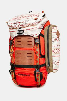 Chums Sinawava 45 Backpack - Urban Outfitters