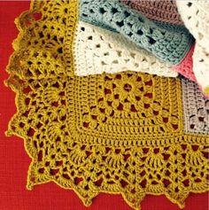 Franck live: Carpet with lace border. : Franck live: Carpet with lace border. Crochet baby blanket Franck live: Carpet with lace border. Crochet Blanket Border, Crochet Boarders, Crochet Squares, Crochet Chart, Crochet Motif, Crochet Stitches, Crochet Patterns, Crochet Home, Love Crochet