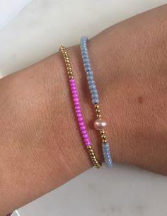 Friendship bracelet / Delicate bracelet / Seed bead bracelet / Gold filled bracelet / Pearl bracelet / Beaded bracelet / Dainty bracelet by StellaandI on Etsy https://www.etsy.com/listing/253296855/friendship-bracelet-delicate-bracelet
