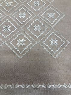Hardanger Embroidery, Cross Stitch Embroidery, Embroidery Patterns, Stitch Patterns, Pattern Drafting, Paper Flowers, Elsa, Stencils, Quilts