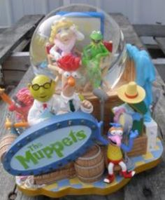 Disney Muppets Snowglobe