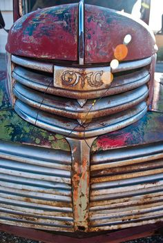 Rust | さび | Rouille | ржавчина | Ruggine | Herrumbre | Chip | Decay | Metal | Corrosion | Tarnish | Texture | Colors | Contrast | Patina | Decay | GMC