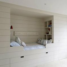 An alcove bed in Annabel's House in London