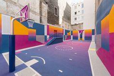 Pigalle Basketball Court - Color Blocking im 9. Arrondissement von Paris. - Foto: Maxime Verret