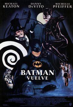 Michelle Pfeiffer, Danny DeVito, and Michael Keaton in Batman Returns Michael Keaton, Michelle Pfeiffer, Batman Art, Batman Comics, Dc Comics, Normal Movie, Tim Burton Batman, Batman Returns 1992, Joker