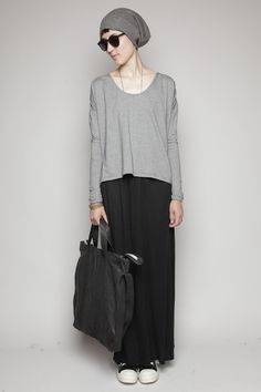 Totokaelo - it's so hipster. and yet I am so drawn to its simplicity and how comfortable it looks.