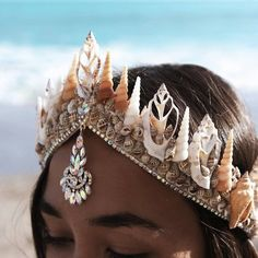 Siren Song Mermaid Tiara Please note: the current order timeframe for this item is made 2 weeks ago ☾ ☆ ☽ An elegant seashell crown adorned with dazzling crystals to change the color in the light. Handcrafted on an adjustable stable base that ties with a Mermaid Tiara, Mermaid Headpiece, Mermaid Princess, Mermaid Diy, Mermaid Style, Mermaid Crowns Diy, Mermaid Make Up, Mermaid Fancy Dress, Mermaid Jewelry