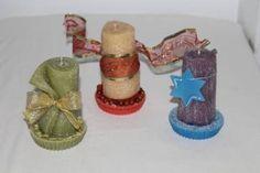 https://flic.kr/p/MFPPrf   VELAS ENROLLADAS NAVIDEÑAS – HECHAS DE CERA   Velas enrolladas de Navidad, disponibles de muchos colores y adornadas con diferentes decoraciones. Aceite esencial 100% natural de varias fragrancias. Tamaño: 45 x 95 mm.  Artesanal.  También en:  www.ilmiomondoincera.com