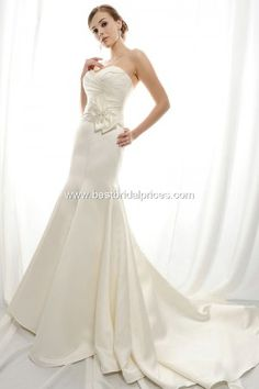 n Gold Label Wedding Dresses - Style GL007. $ 493