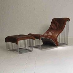 "Chaise Longue And Stool, Design ""Verner-Panton"" Original"
