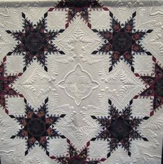 A Truly Feathered Star, 74 x74, by Karen Sievert (Virginia). Photo by Quilt Inspiration