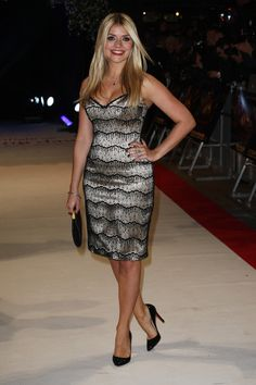 Holly Willoughby Photos Photos: The UK Premiere of 'Breaking Dawn' - Holly Willoughby Photos – Celebs at the 'Breaking Dawn' Premiere – Zimbio - Girl Celebrities, Celebs, Holly Willoughby Legs, Kate Garraway, Suits For Women, Clothes For Women, Tv Presenters, Girl Fashion, Womens Fashion