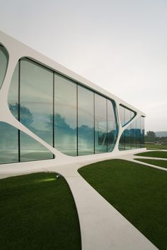 Glass Cube is a glass-fronted brand pavilion in Bad Driburg, Germany :: 3Deluxe