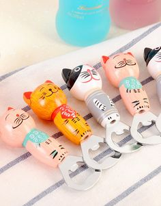 Attach these magnetic cat bottle openers to your fridge and add a touch of cat in the kitchen. Description from suddenlycat.com. I searched…