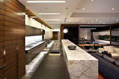 Californian studio Laidlaw Schultz Architects has designed the Harborview Hills…