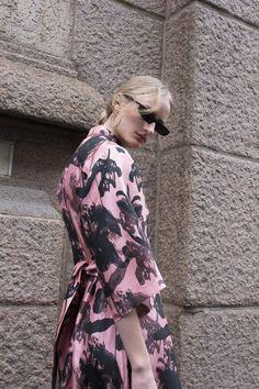 Pink Concrete Dress Spring Resort, Black Flowers, Travel Wardrobe, Shirt Sleeves, Ruffles, Concrete, Ruffle Blouse, Shirt Dress, Floral