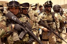 Army | 42nd Iraqi Army Brigade with M16 Rifles