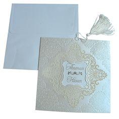 Davetiyede son trendleri takip edenler, zarif desenlerle süslenen bu davetiye size gelsin #duguntrendy #dugunedairhersey #davetiyemodelleri #ozelkesimdavetiye #davetiye #gelin #damat #wedding #dugunhazirliklari