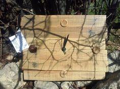"""orologio in legno riciclato""""wood & buttons"""" di Ri-lab  su DaWanda.com"""
