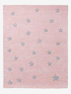 Un tapis charmant, idéal pour jouer ou se prélasser, qui apporte chaleur et douceur à la chambre d'enfant.  DIMENSIONS : 100 x 133 cm. En pur coton tufté.;
