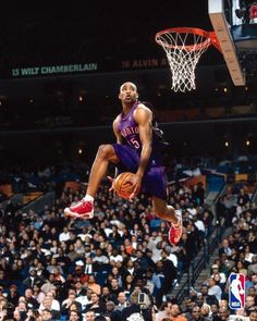 Vincent Carter one the greatest dunkers of all time. When the dunk contest was real